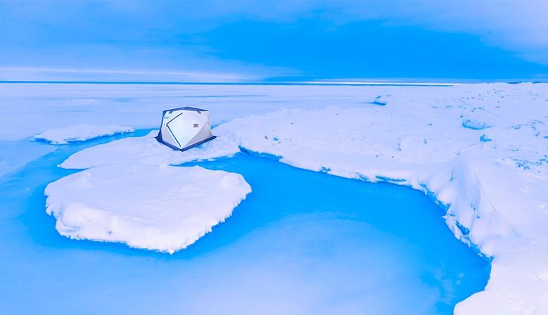 Палатка Polar Bird на льдине